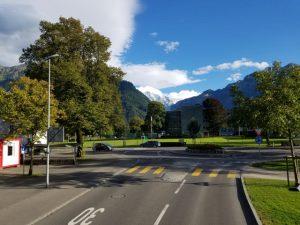 環状交差点(ラウンドアバウト)のように、こころとからだの交差点には信号機はいらない。