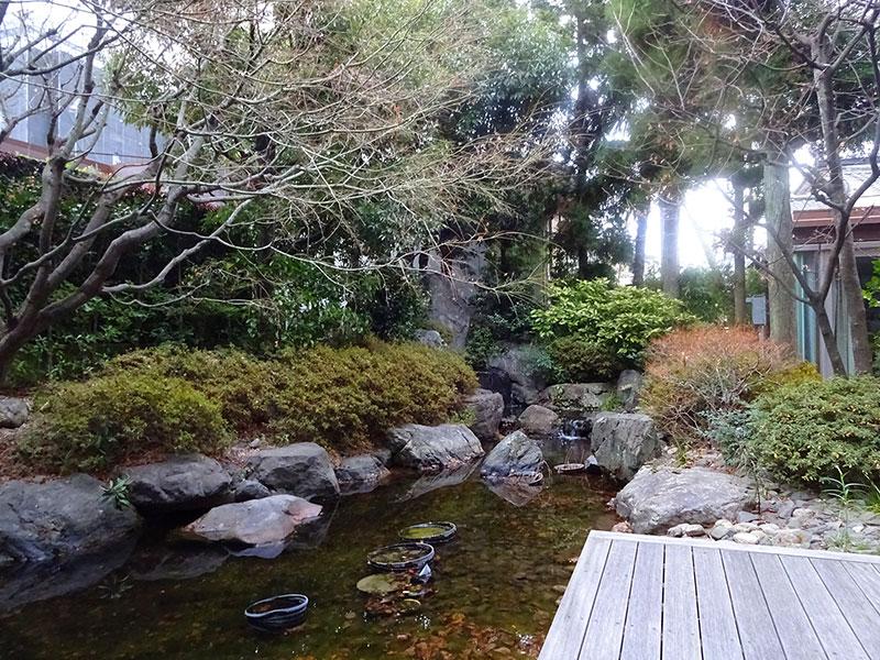 カフェ・ミュラーの日本庭園